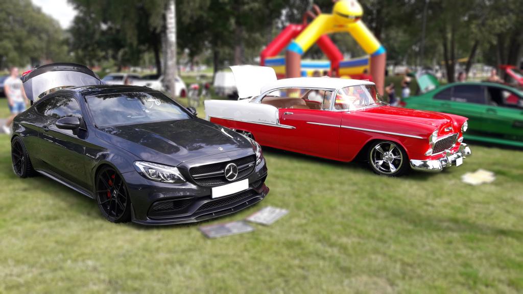 Mercedes samt Chevrolet Bel Air '55